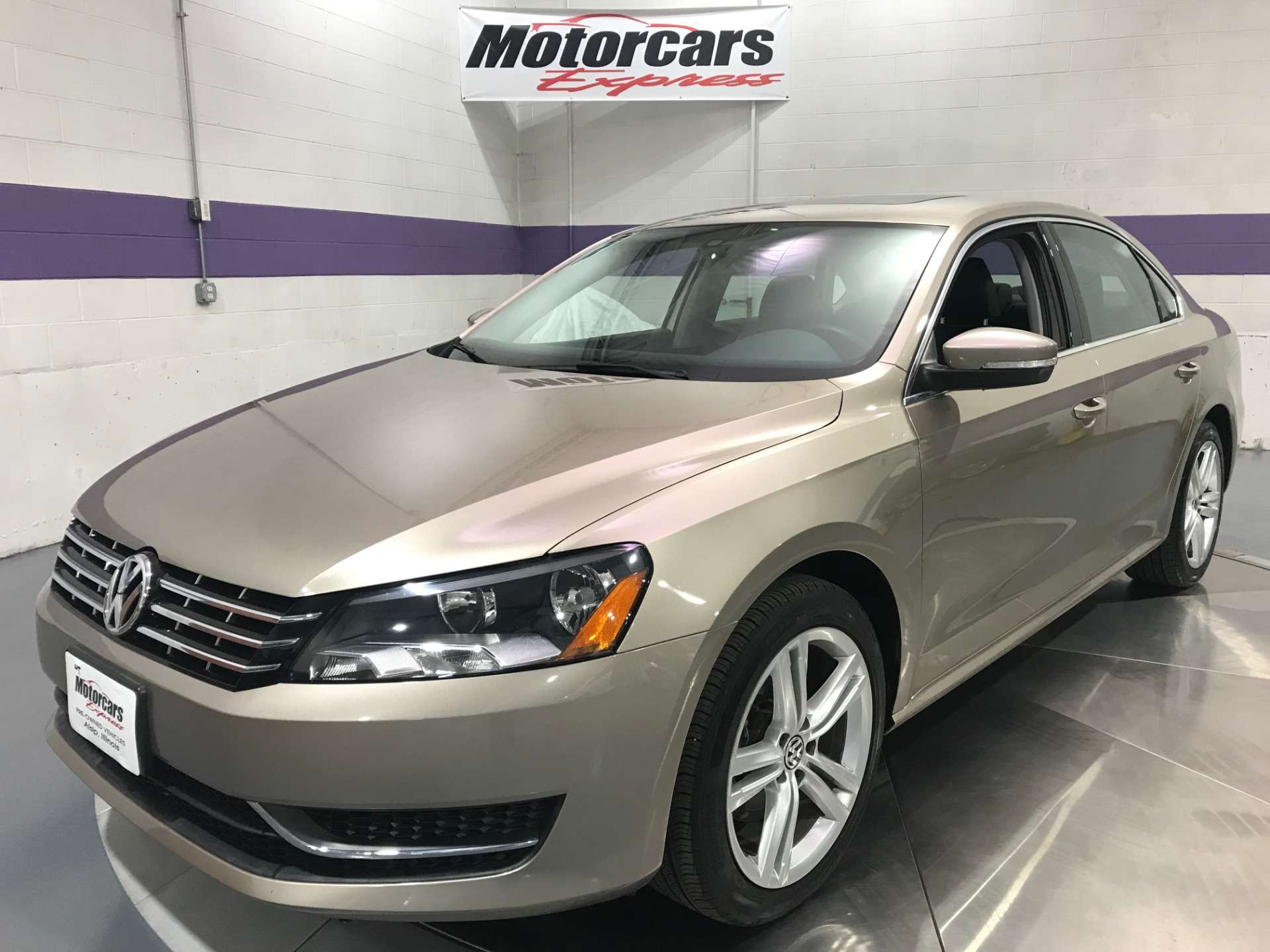 Used-2015-Volkswagen-Passat-TDI-SE-4dr-Sedan-6A-w/Sunroof