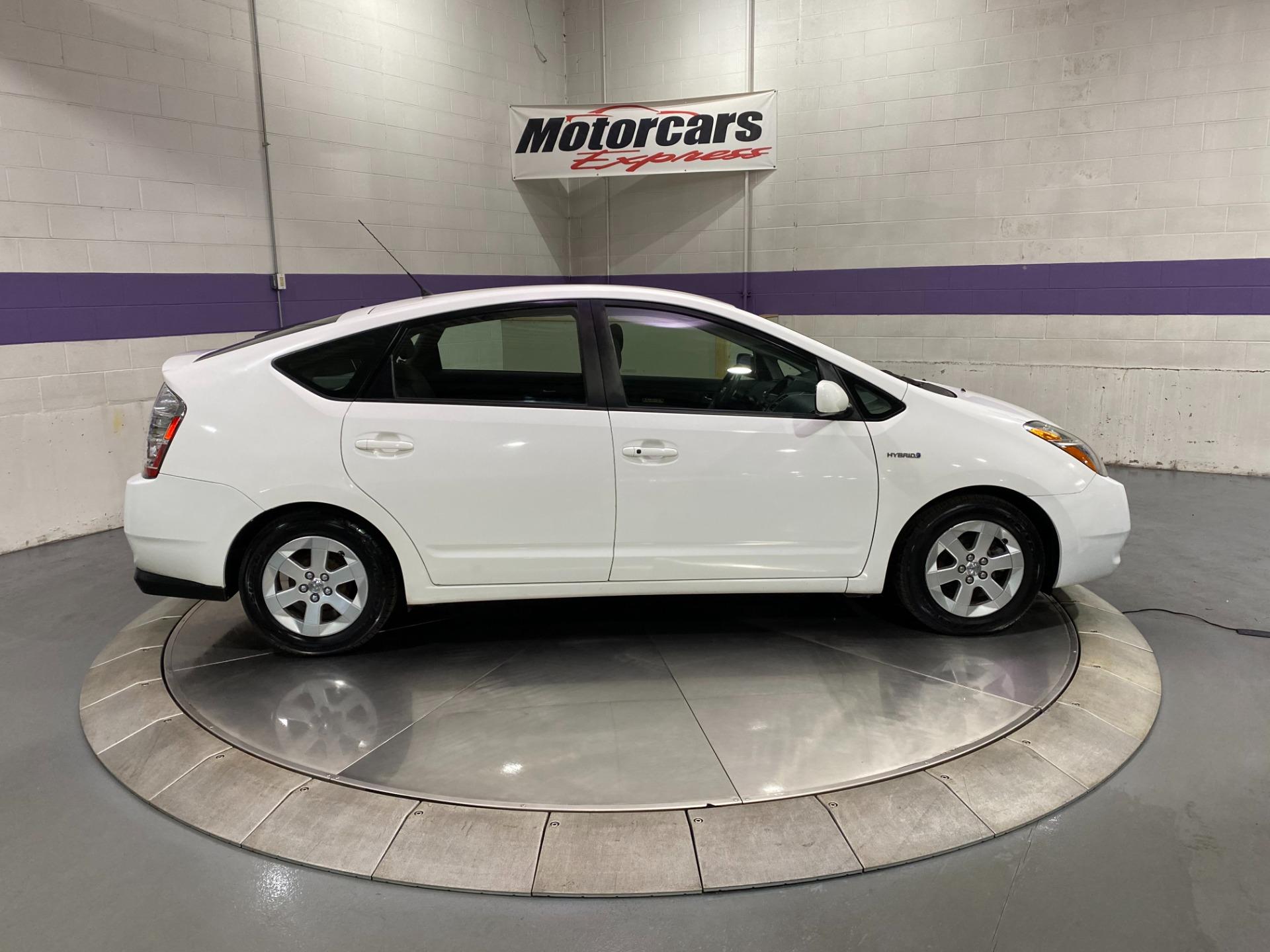 Used-2009-Toyota-Prius-Touring-Hybrid