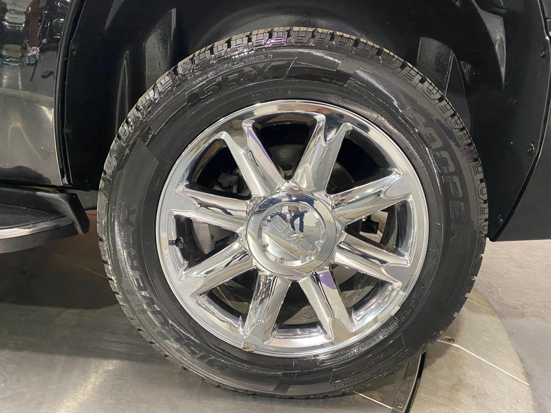 Used-2014-GMC-Yukon-Denali-AWD