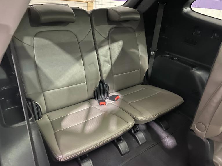 Used-2014-Hyundai-Santa-Fe-Limited-FWD