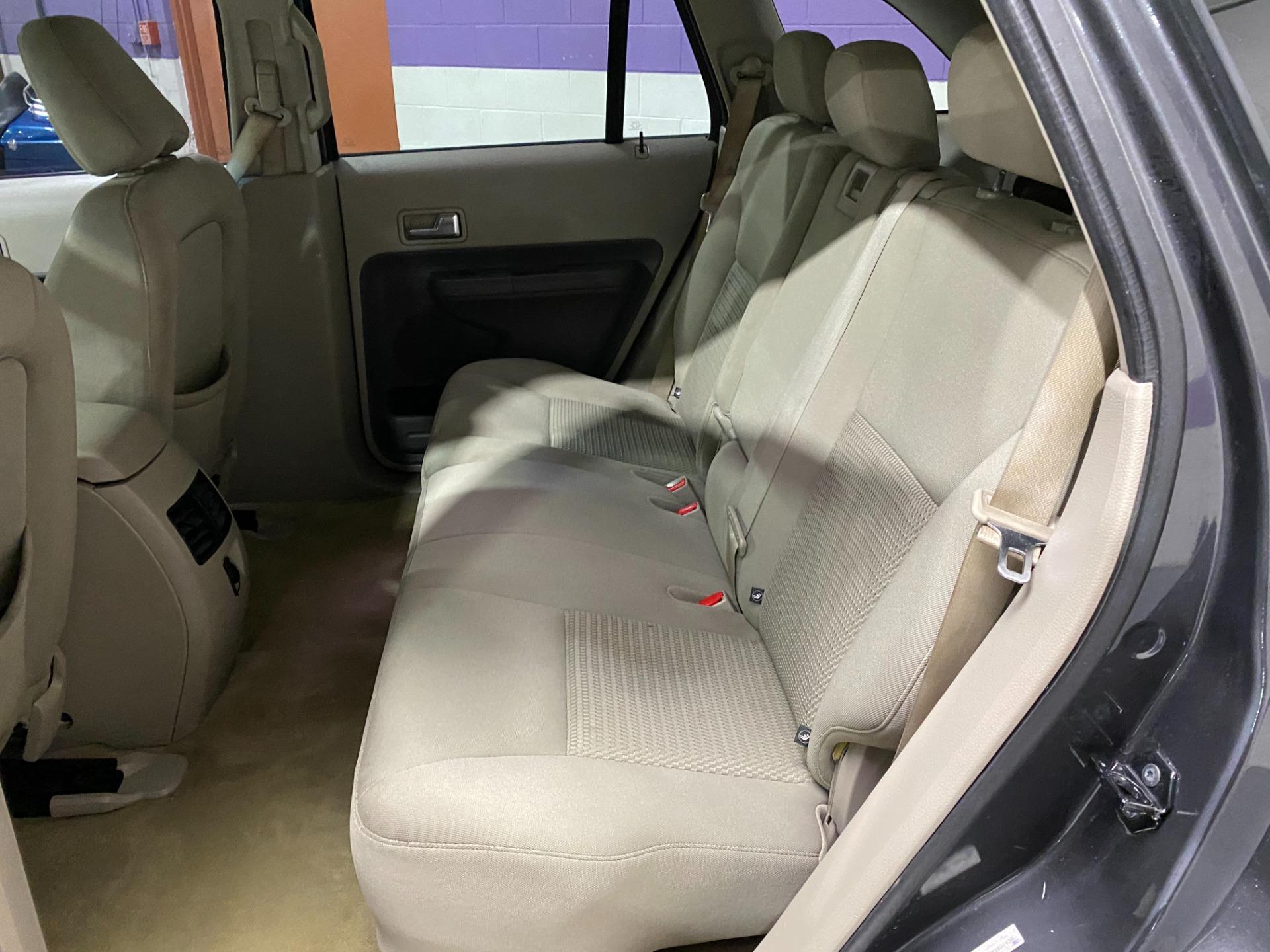 Used-2007-Ford-Edge-SE