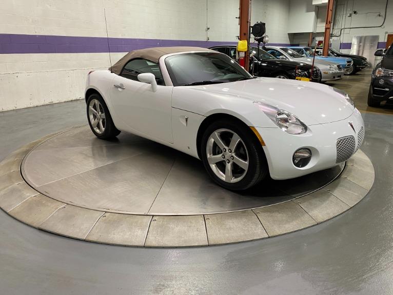 Used-2007-Pontiac-Solstice-Convertible-RWD