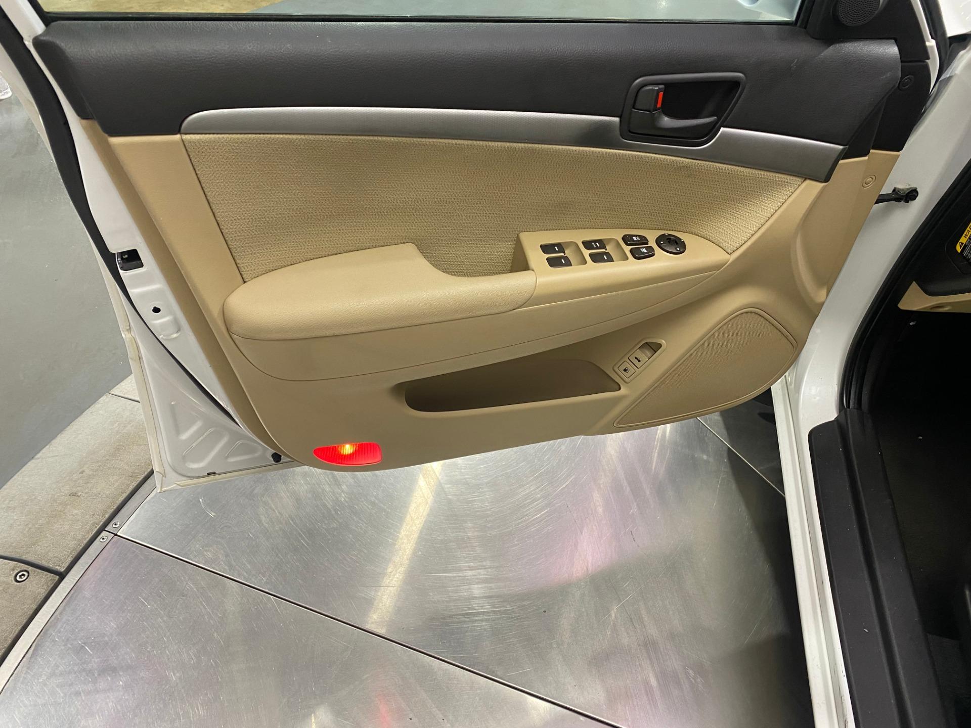 Used-2010-Hyundai-Sonata-GLS