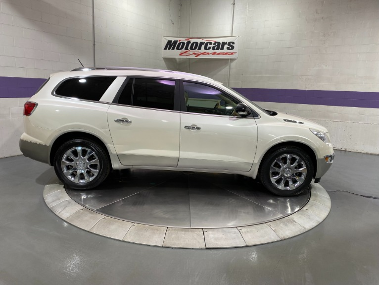Used-2010-Buick-Enclave-CXL-AWD
