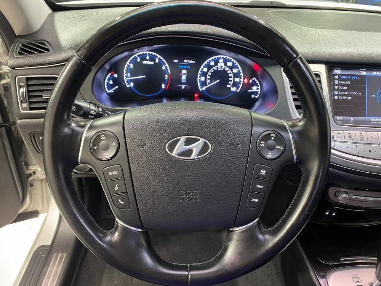 Used-2012-Hyundai-Genesis-46L-V8-RWD