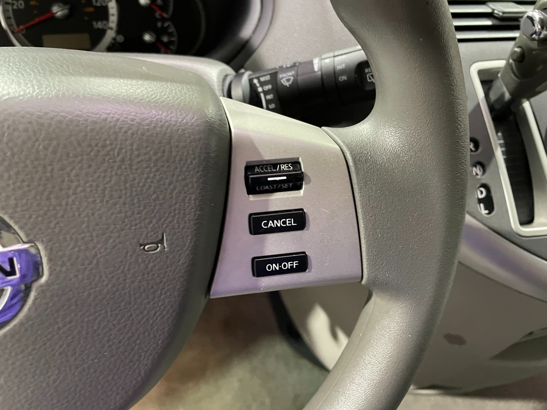 Used-2009-Nissan-Quest-35-S-FWD