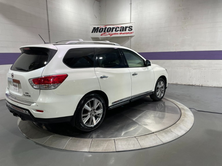 Used-2015-Nissan-Pathfinder-Platinum-4X4
