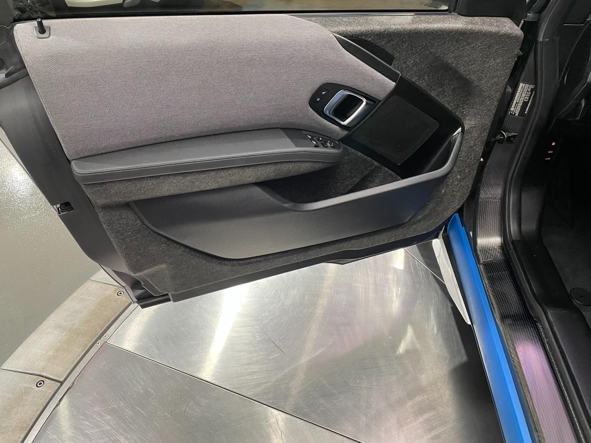 Used-2018-BMW-i3-DEKA-World-EXT