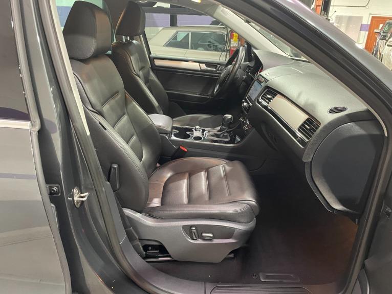 Used-2014-Volkswagen-Touareg-TDI-Sport-AWD