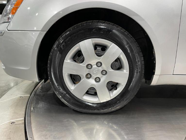 Used-2009-Hyundai-Sonata-GLS-FWD
