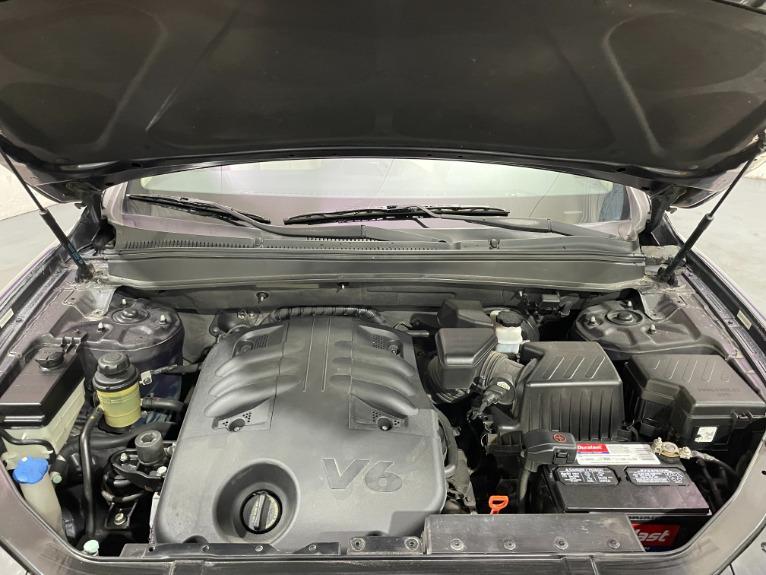 Used-2008-Hyundai-Santa-Fe-Limited-AWD