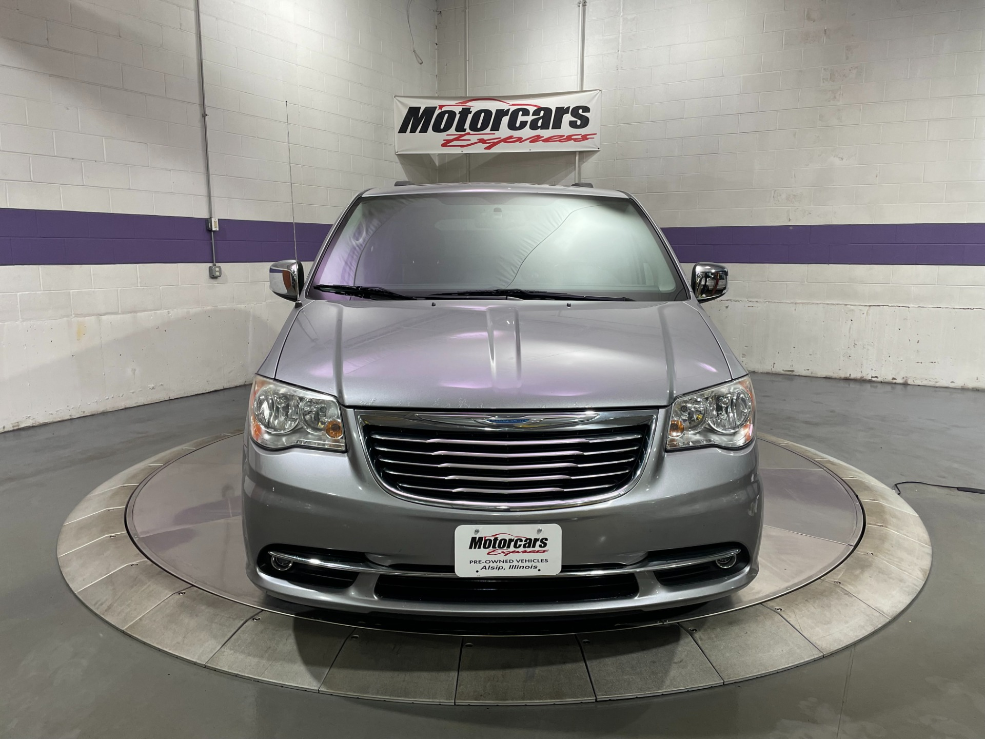 Used-2013-Chrysler-Town-and-Country-Touring-L-FWD