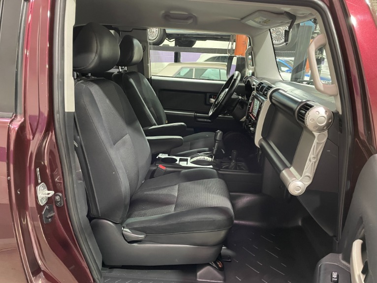 Used-2007-Toyota-FJ-Cruiser-4WD