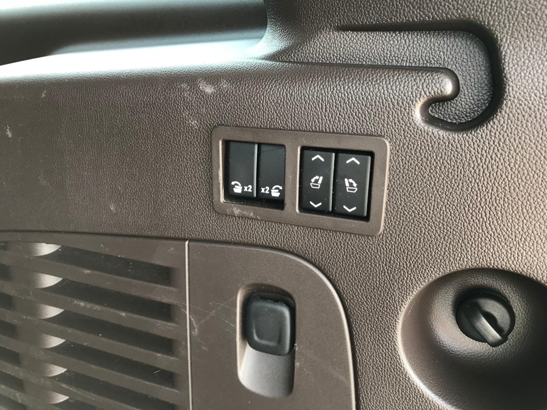 Used-2015-GMC-Yukon-XL-Denali-4X4