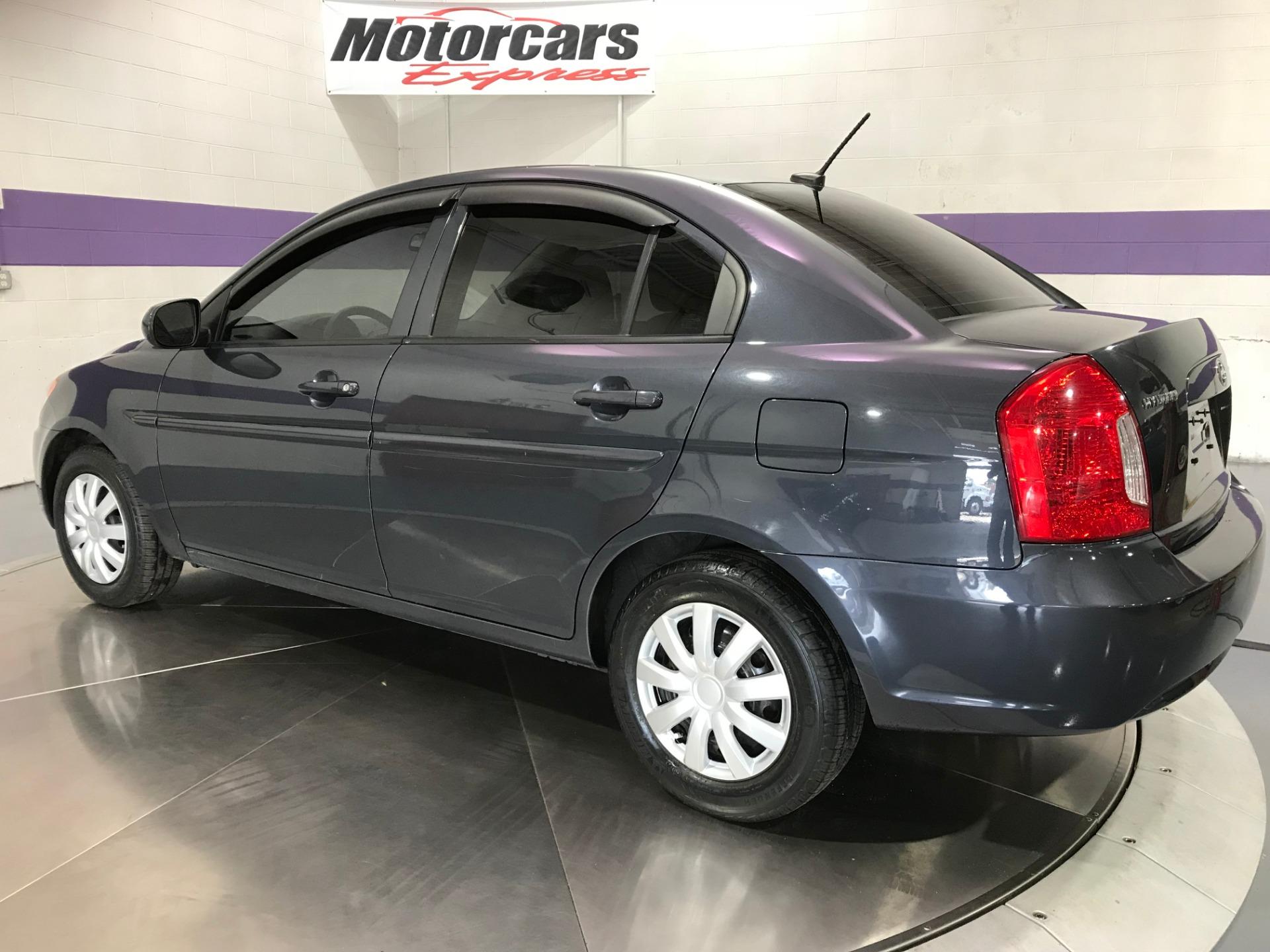 Used-2011-Hyundai-Accent-GLS