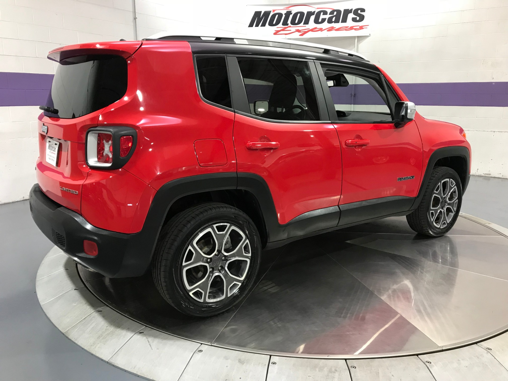 Used-2017-Jeep-Renegade-Limited-4X4
