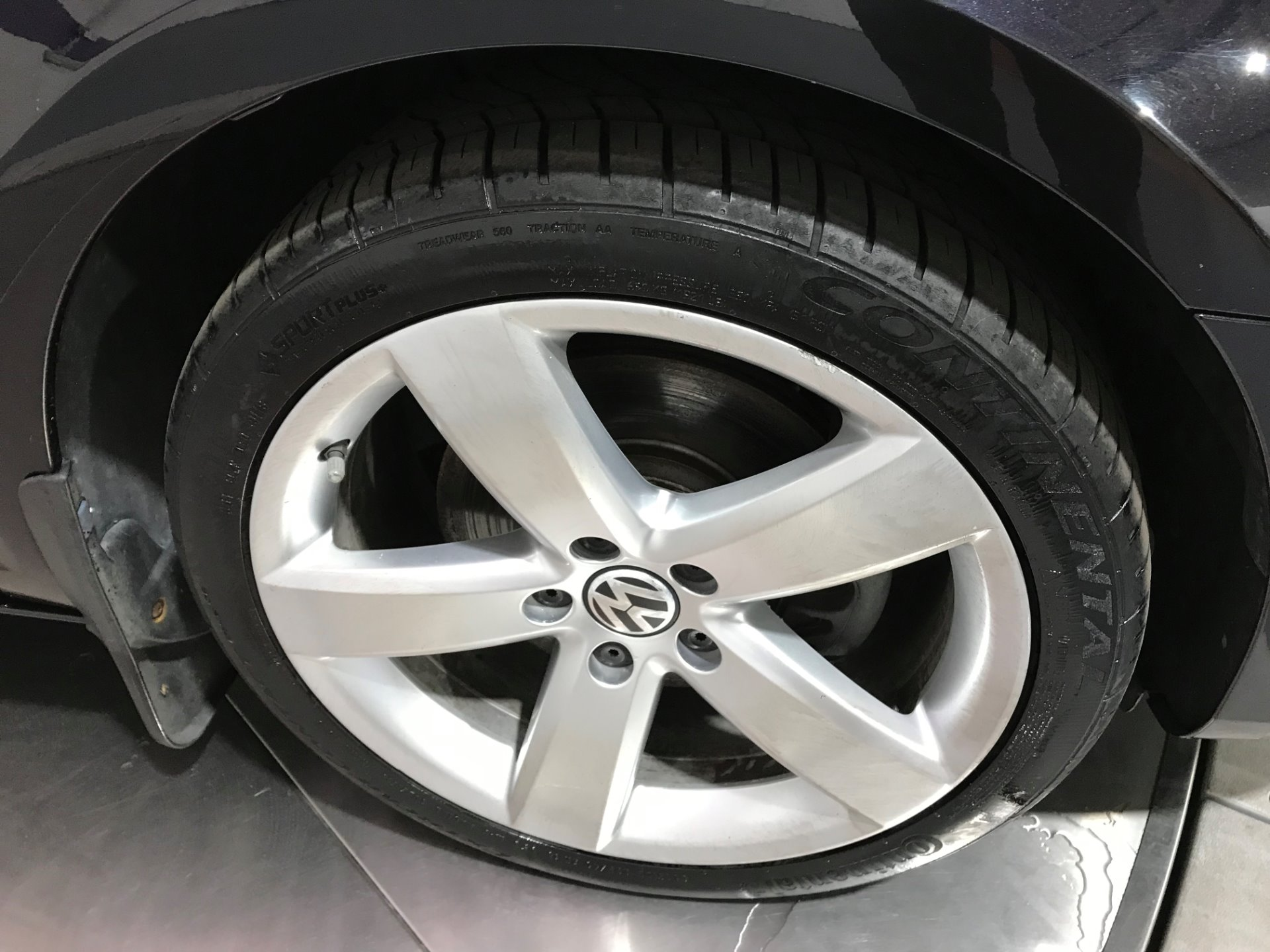 Used-2011-Volkswagen-CC-Lux-Plus