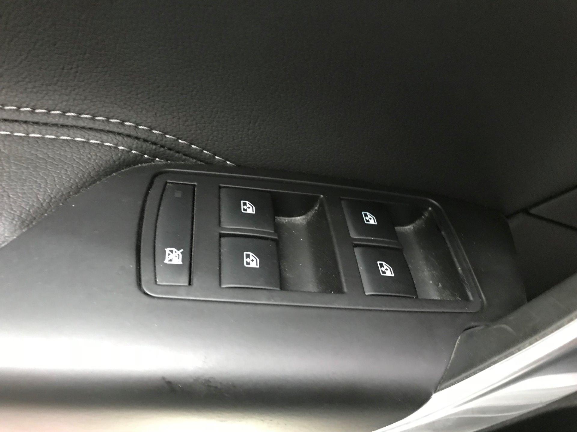 Used-2011-Buick-Regal-CXL