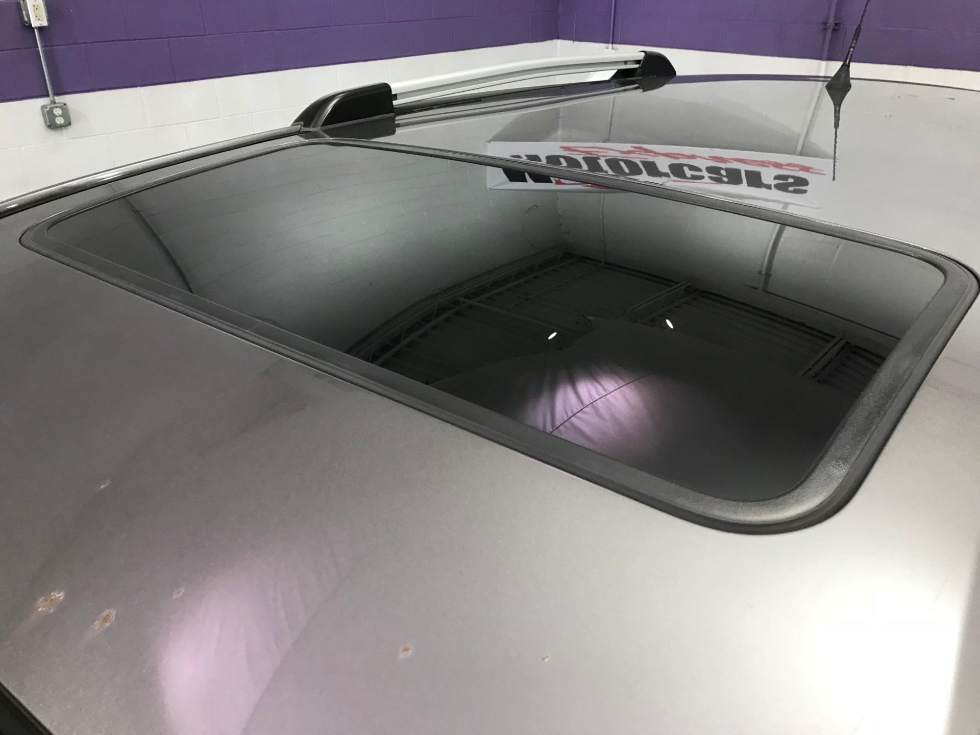 Used-2006-Pontiac-Vibe
