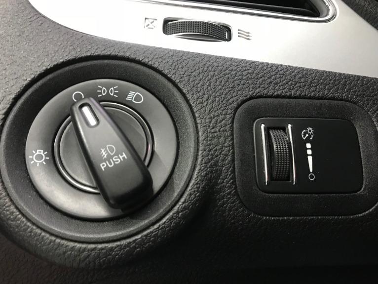 Used-2013-Dodge-Journey-SXT