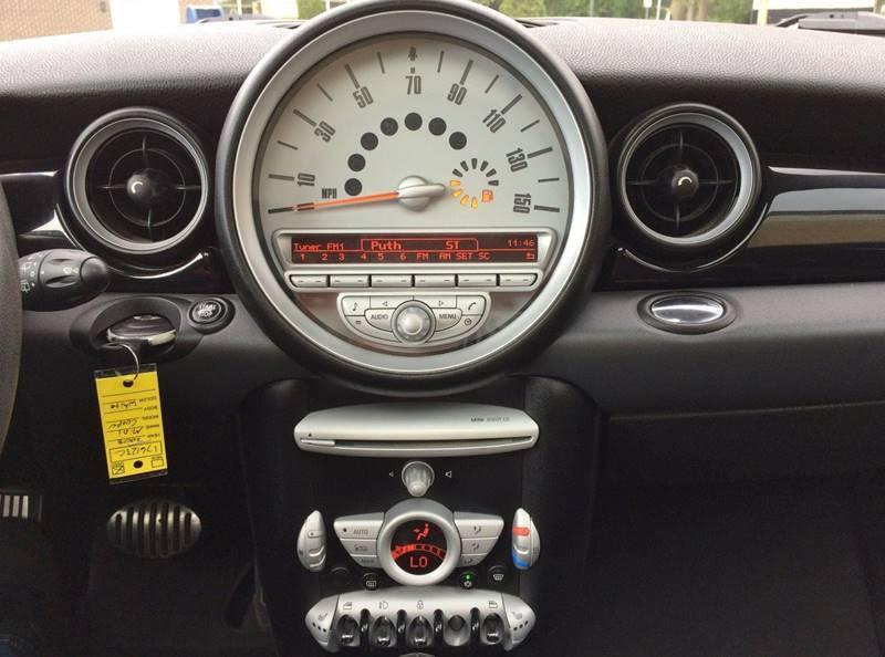Used-2008-MINI-Cooper-S-2dr-Hatchback