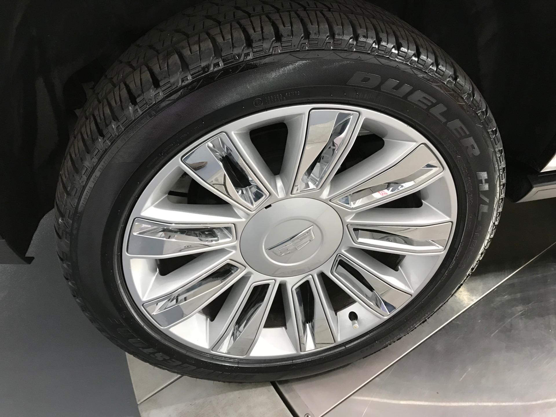 Used-2017-Cadillac-Escalade-ESV-Platinum