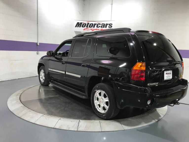 Used-2004-GMC-Envoy-XL-SLT-4X4