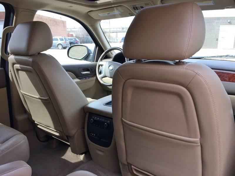 Used-2010-Chevrolet-Suburban-LTZ-1500-4x4-4dr-SUV