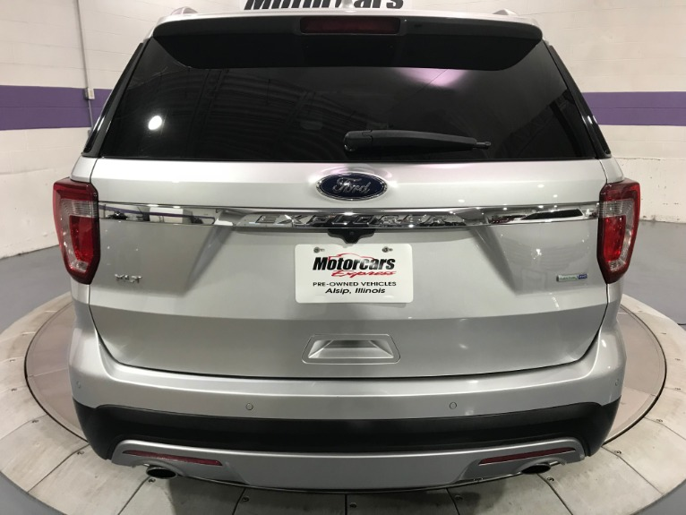 Used-2016-Ford-Explorer-XLT-AWD