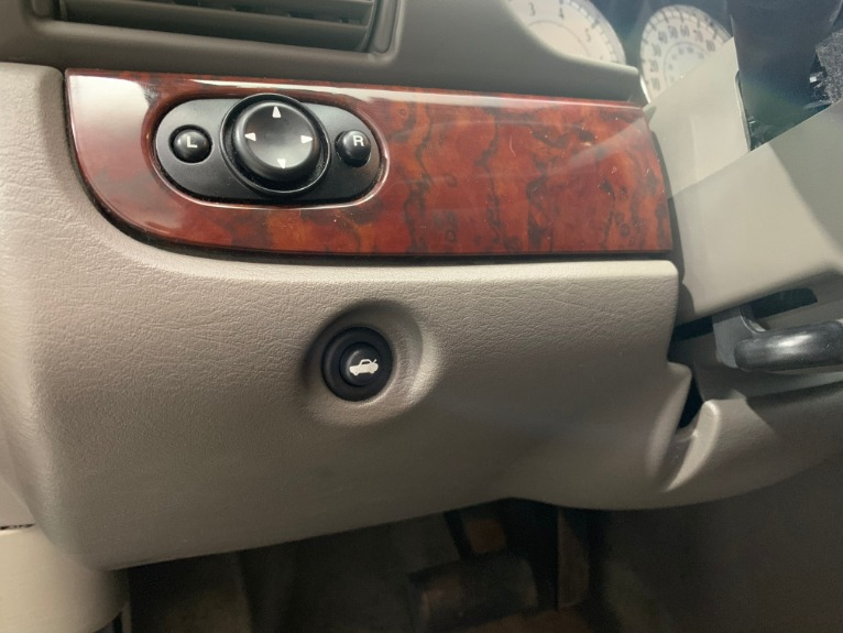 Used-2003-Chrysler-Sebring-LXi