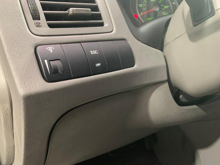 Used-2009-Hyundai-Tucson-Limited-V6