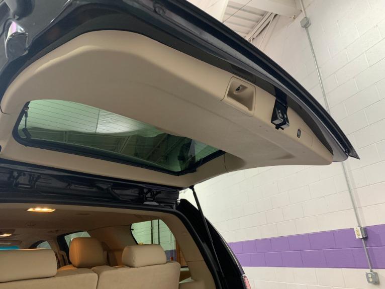 Used-2013-Cadillac-Escalade-Premium