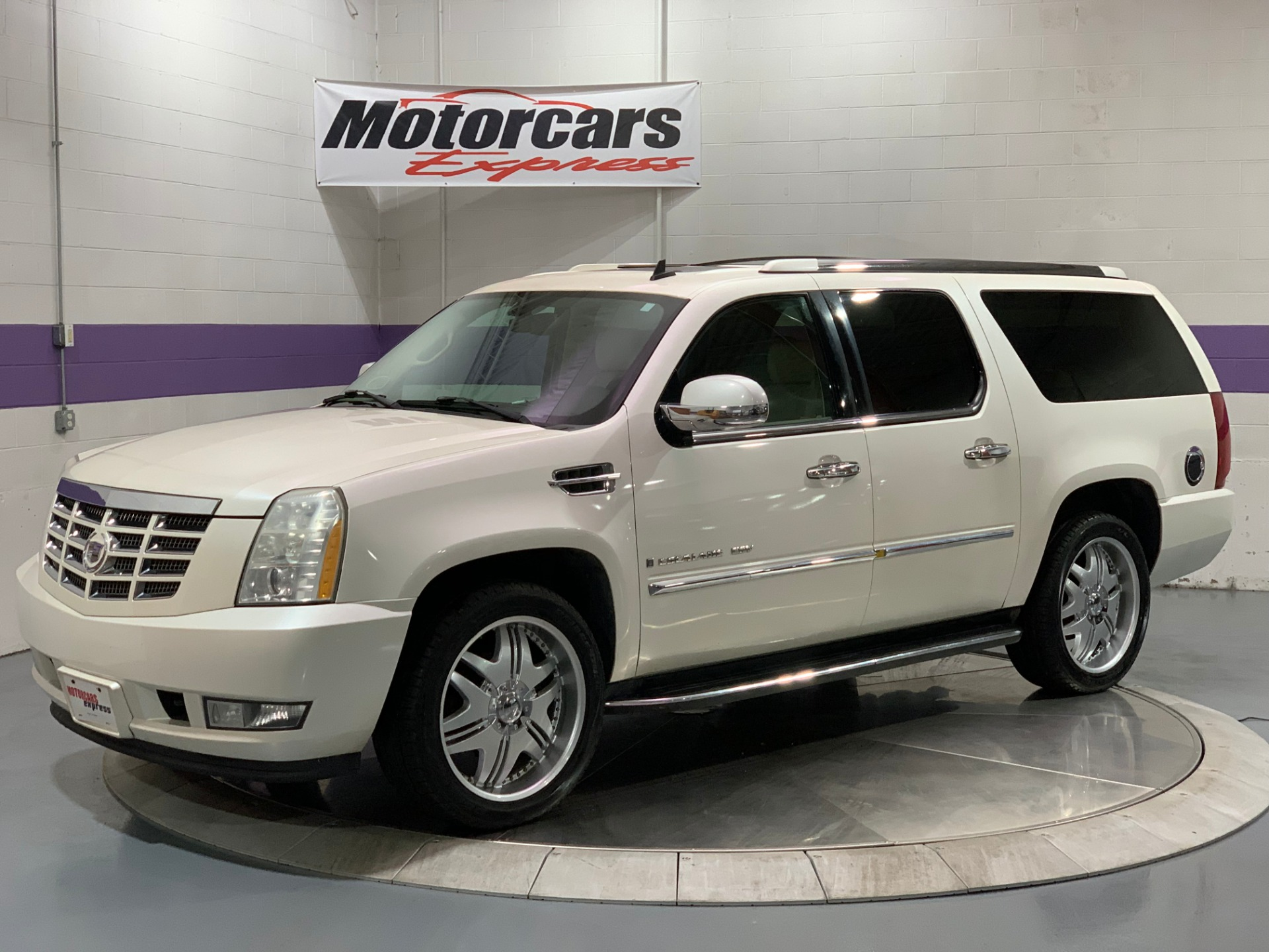 Used-2007-Cadillac-Escalade-ESV