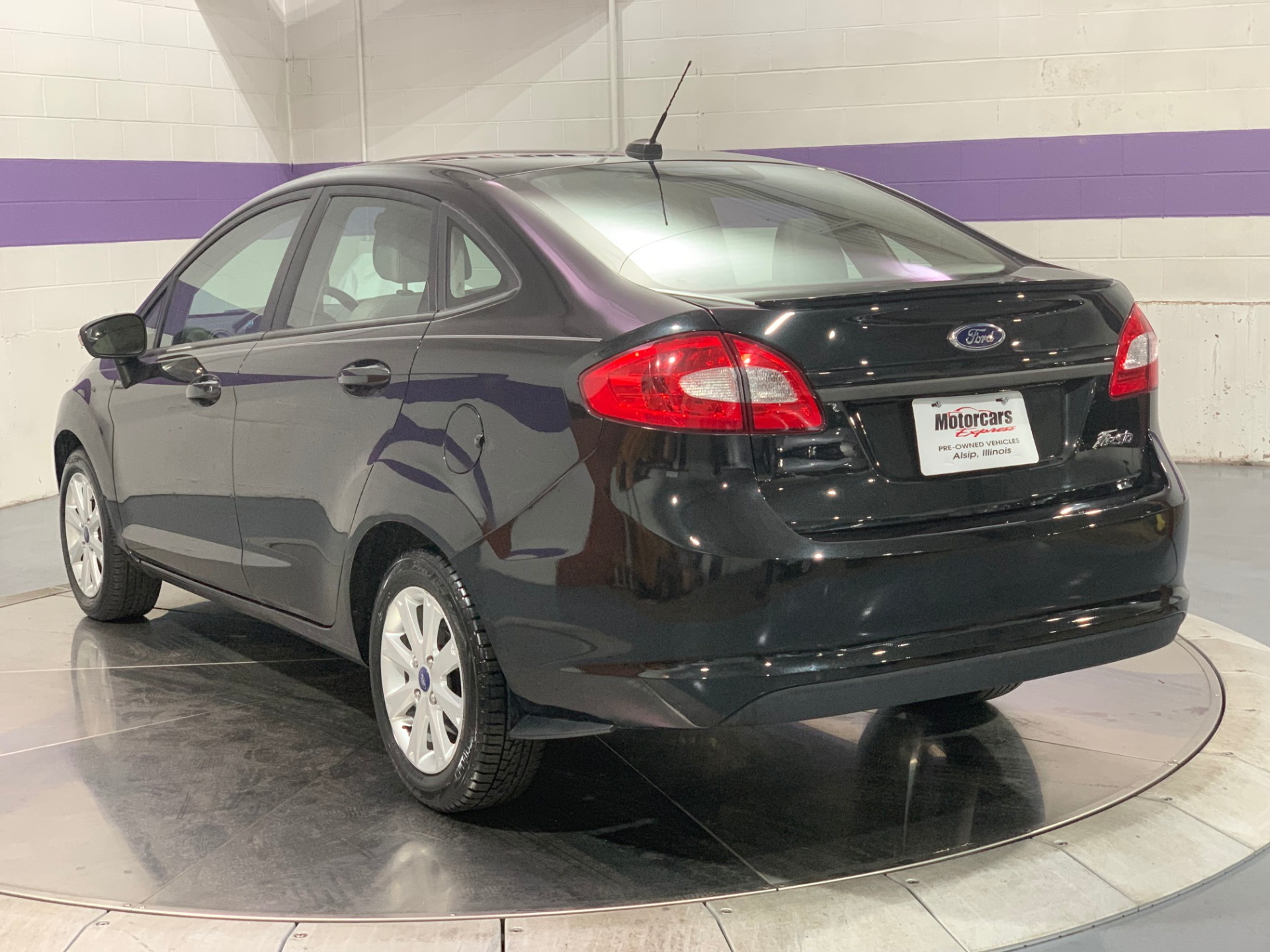 Used-2013-Ford-Fiesta-SE