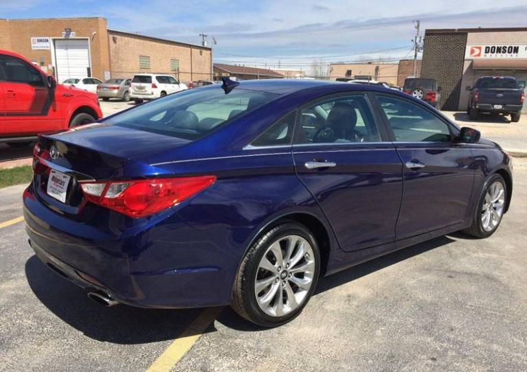 Used-2011-Hyundai-Sonata-SE-4dr-Sedan-6A