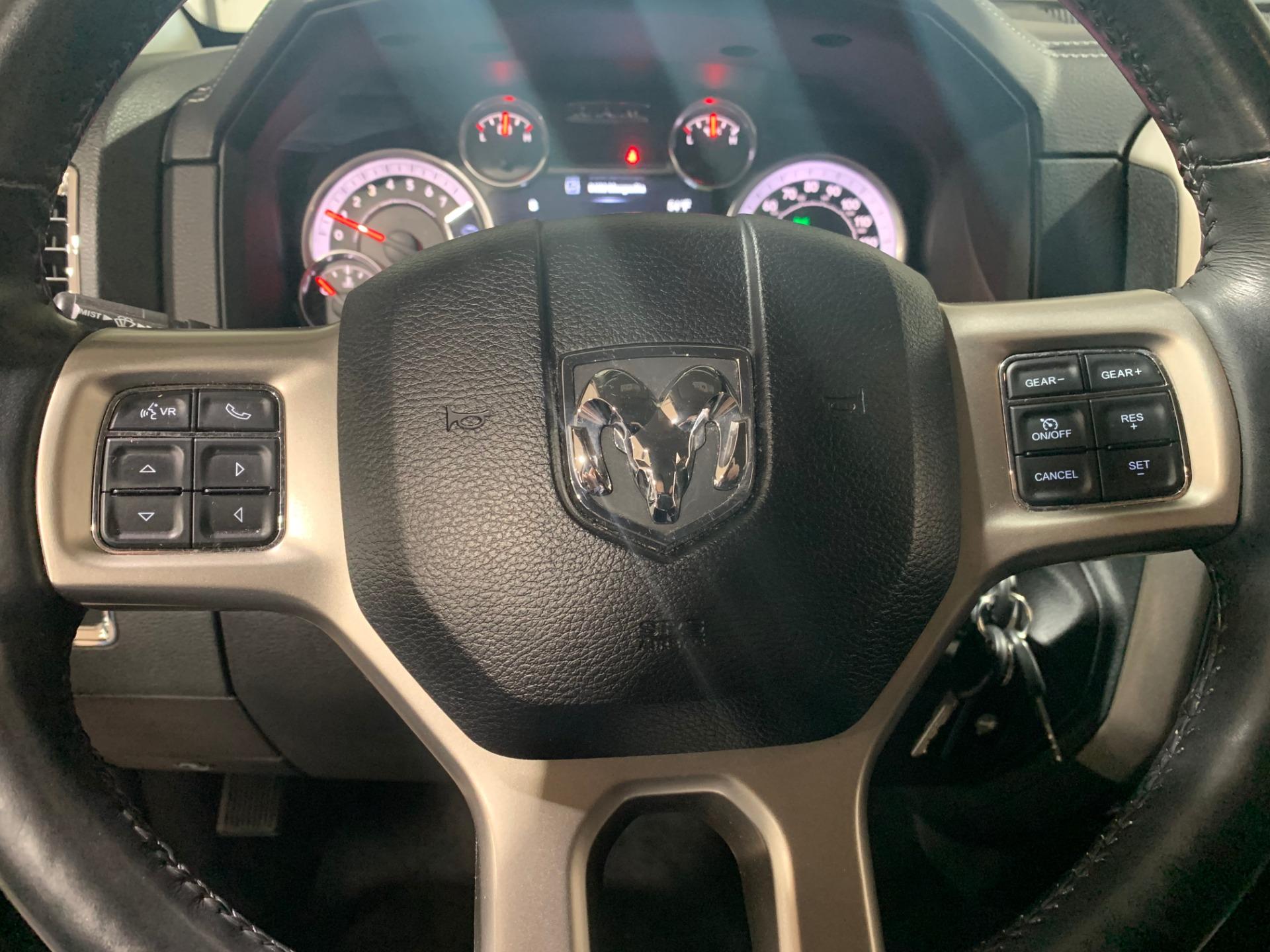 Used-2014-Ram-Ram-Pickup-1500-Laramie