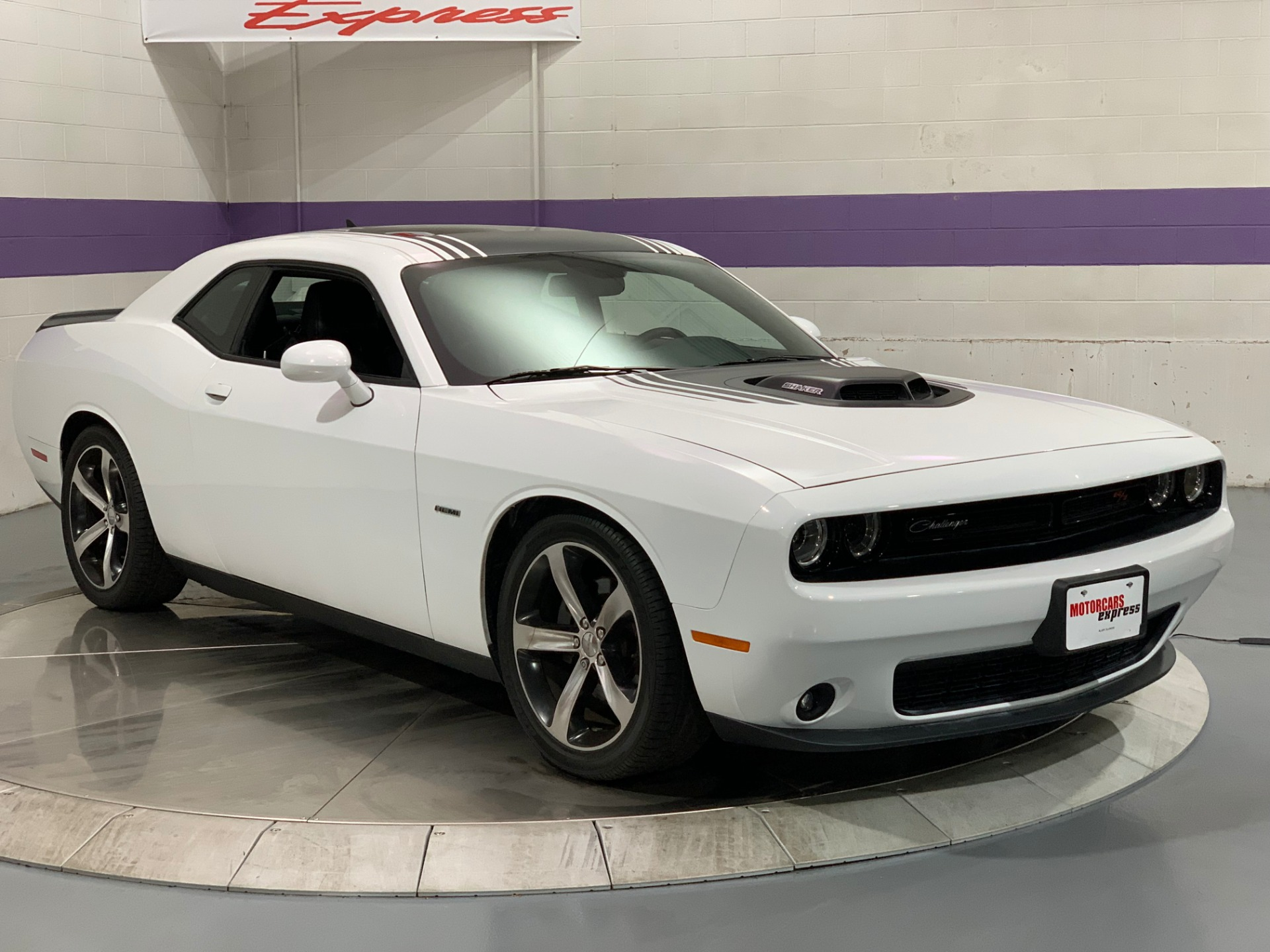 Used-2015-Dodge-Challenger-R/T-Plus-Shaker