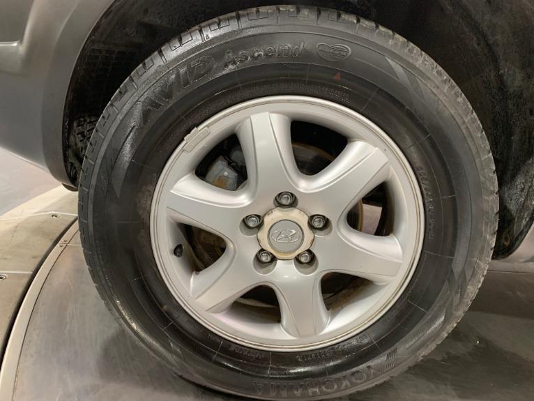 Used-2005-Hyundai-Tucson-GLS