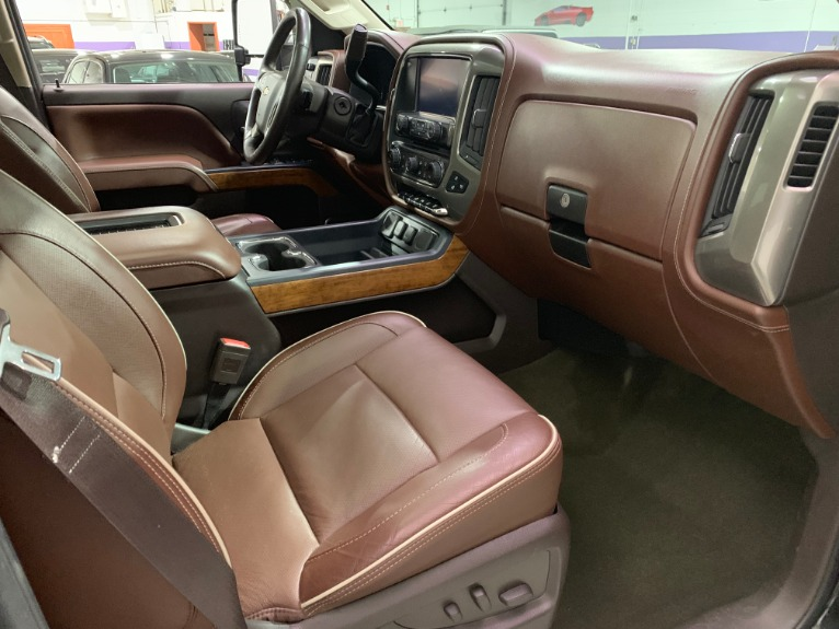 Used-2016-Chevrolet-Silverado-2500HD-Diesel-High-Country