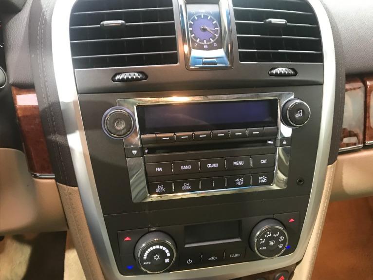 Used-2007-Cadillac-SRX-V6