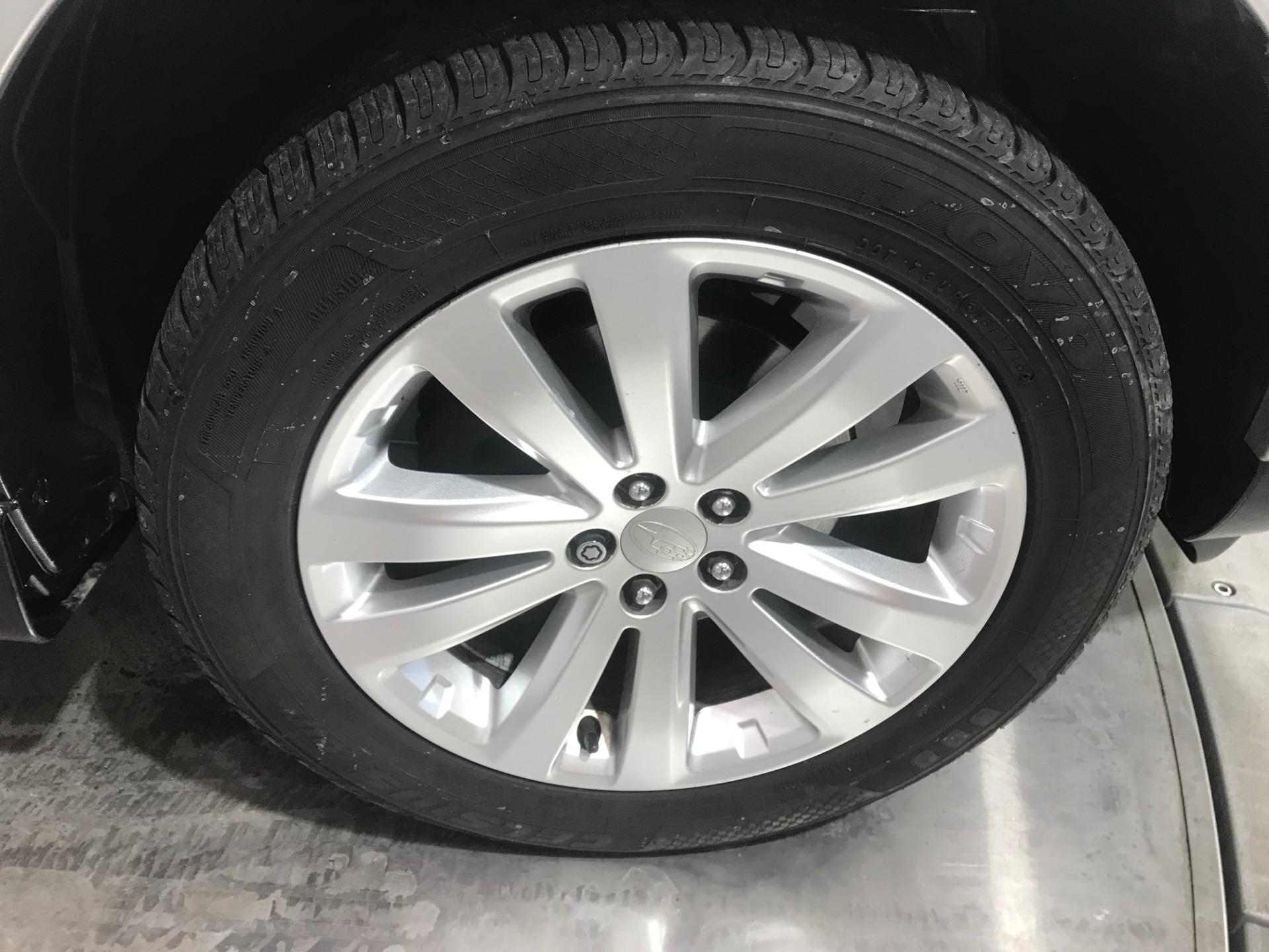 Used-2011-Subaru-Forester-25X-Premium