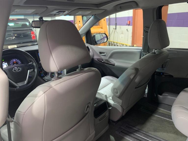 Used-2015-Toyota-Sienna-XLE-8-Passenger