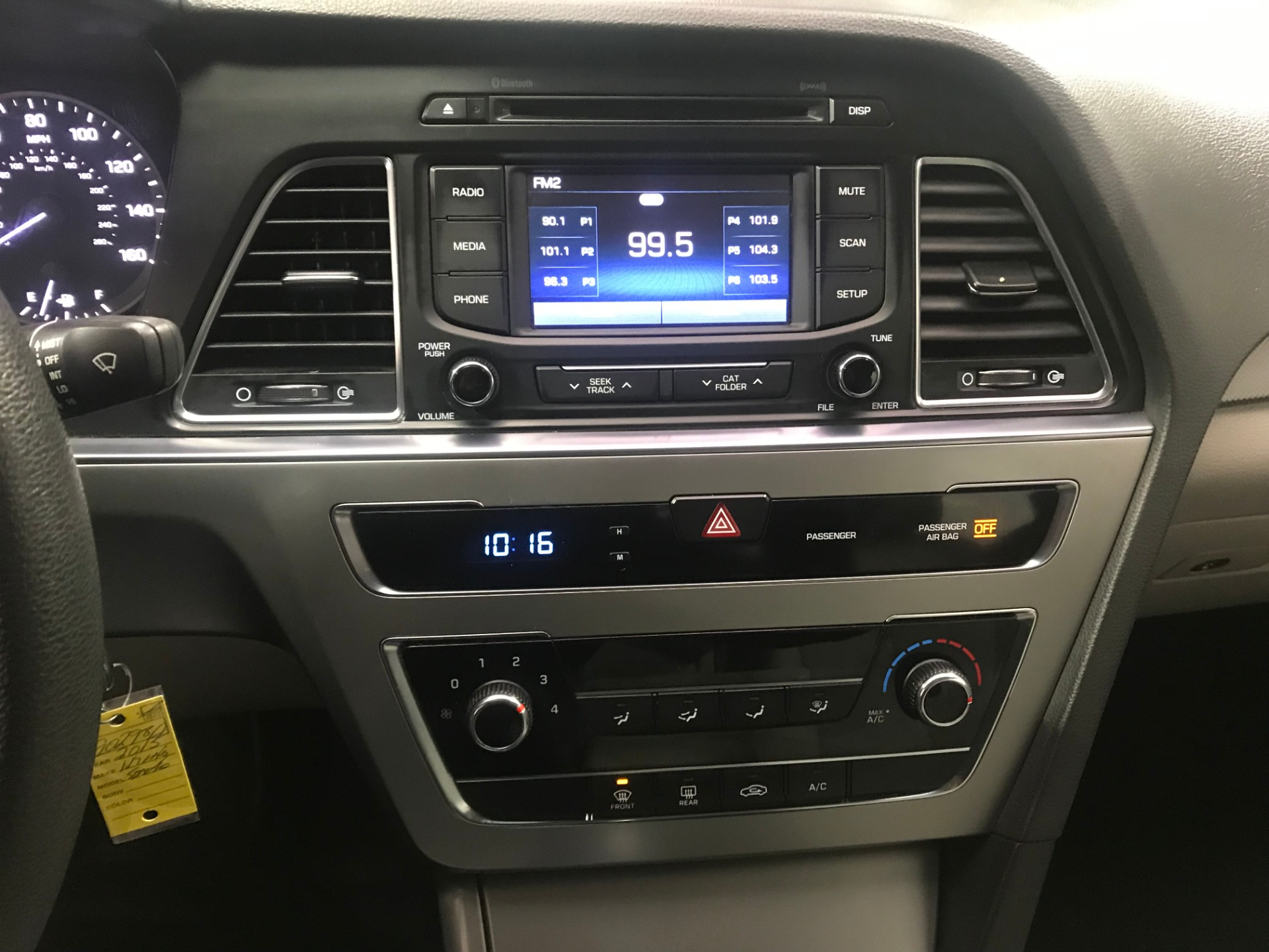 Used-2015-Hyundai-Sonata-SE