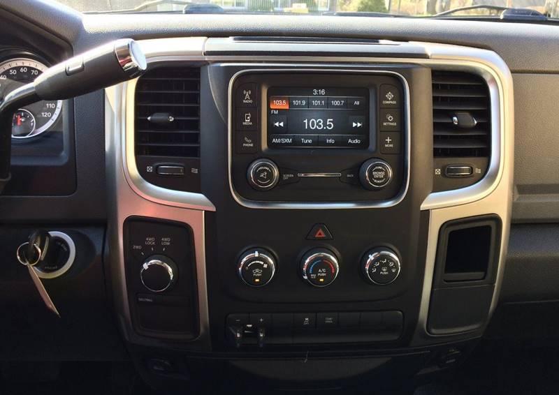 Used-2015-RAM-Ram-Pickup-2500-SLT-4x4-4dr-Crew-Cab-8-ft-LB-Pickup