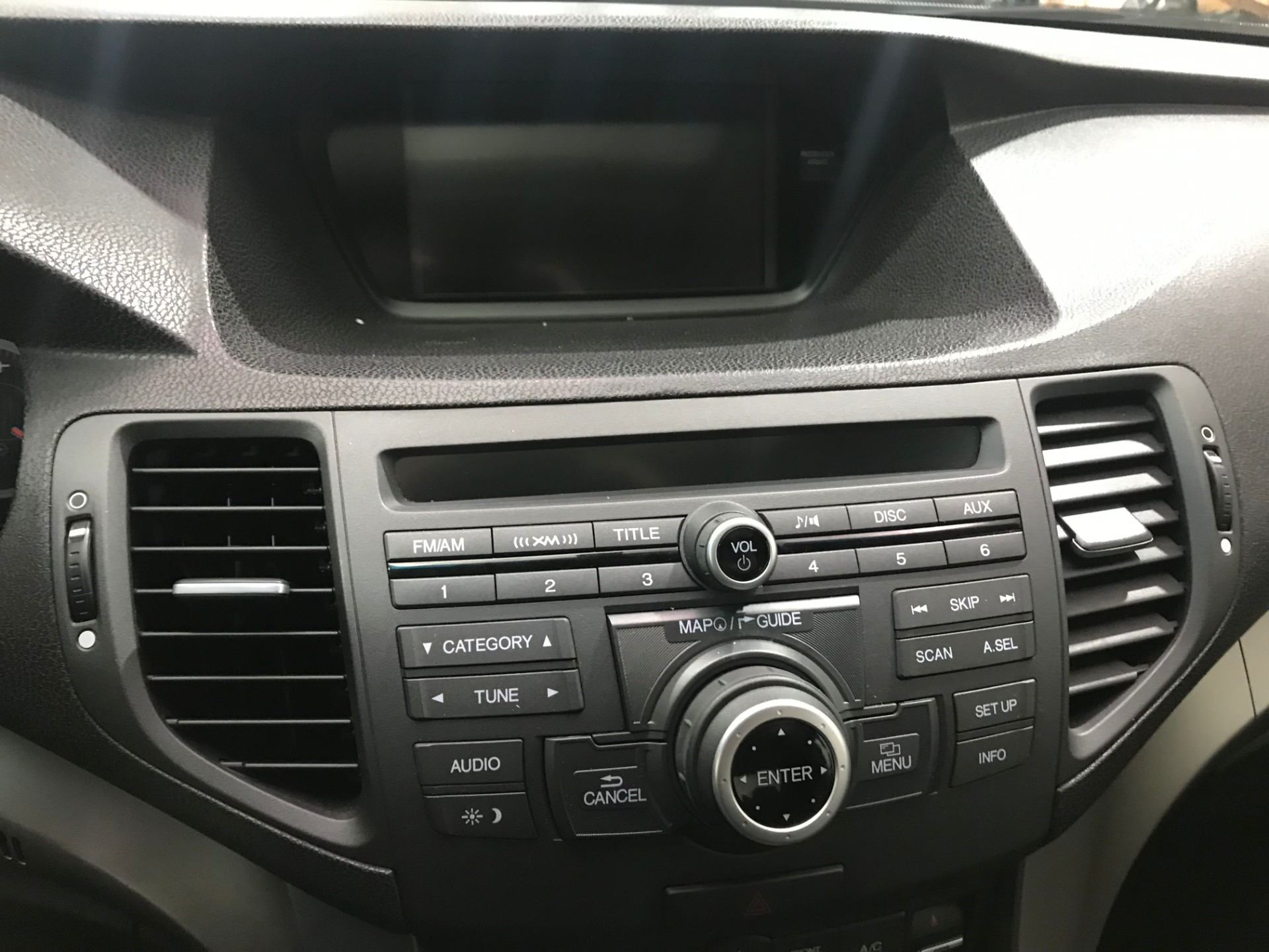 Used-2010-Acura-TSX-w/Tech