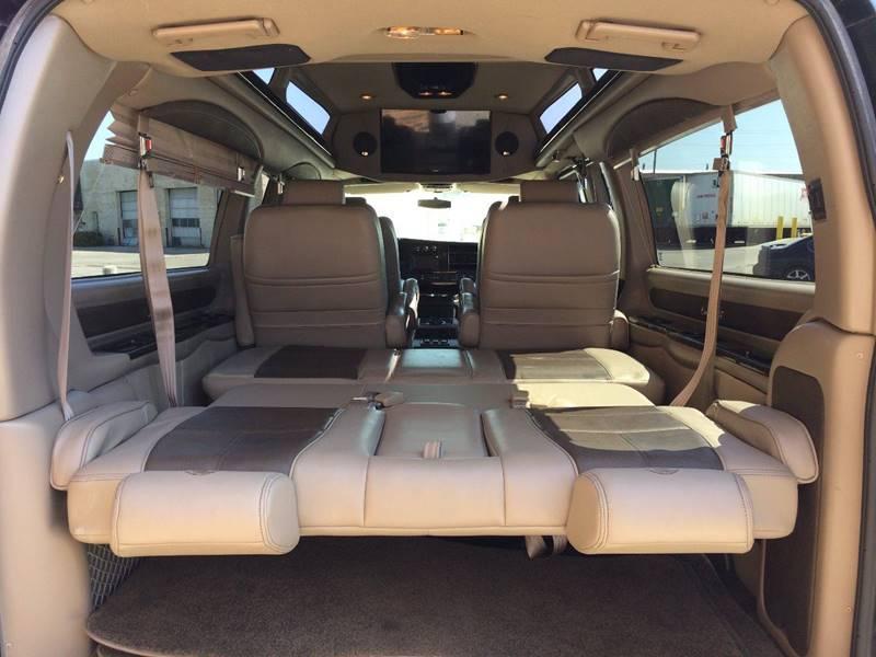 Used-2015-GMC-Savana-Conversion-2500-Van-2500-3dr-Extended-Conversion-Van-w/YF7-Upfitter
