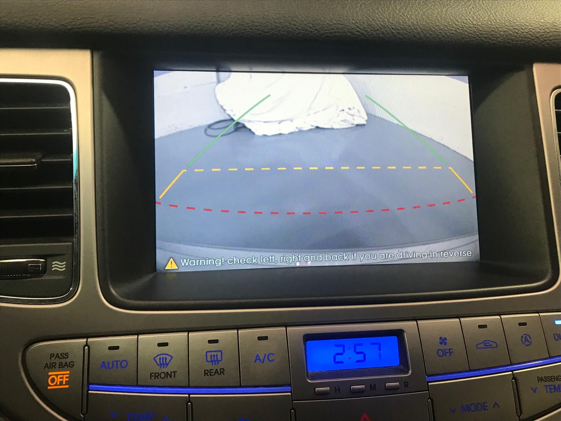 Used-2009-Hyundai-Genesis-38L-V6