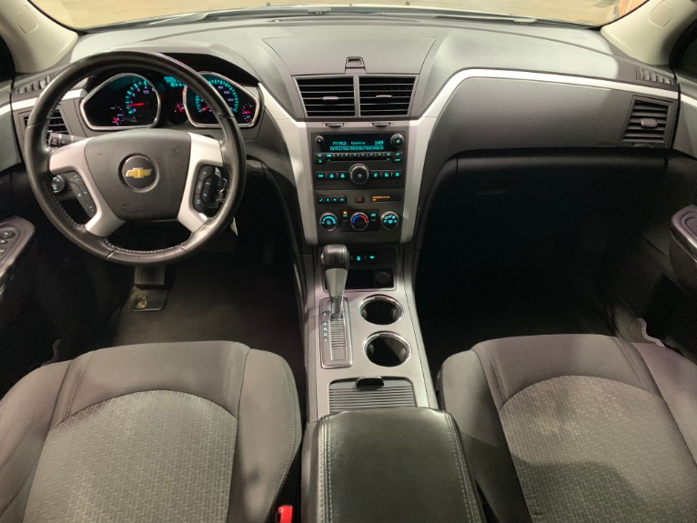 Used-2012-Chevrolet-Traverse-LT