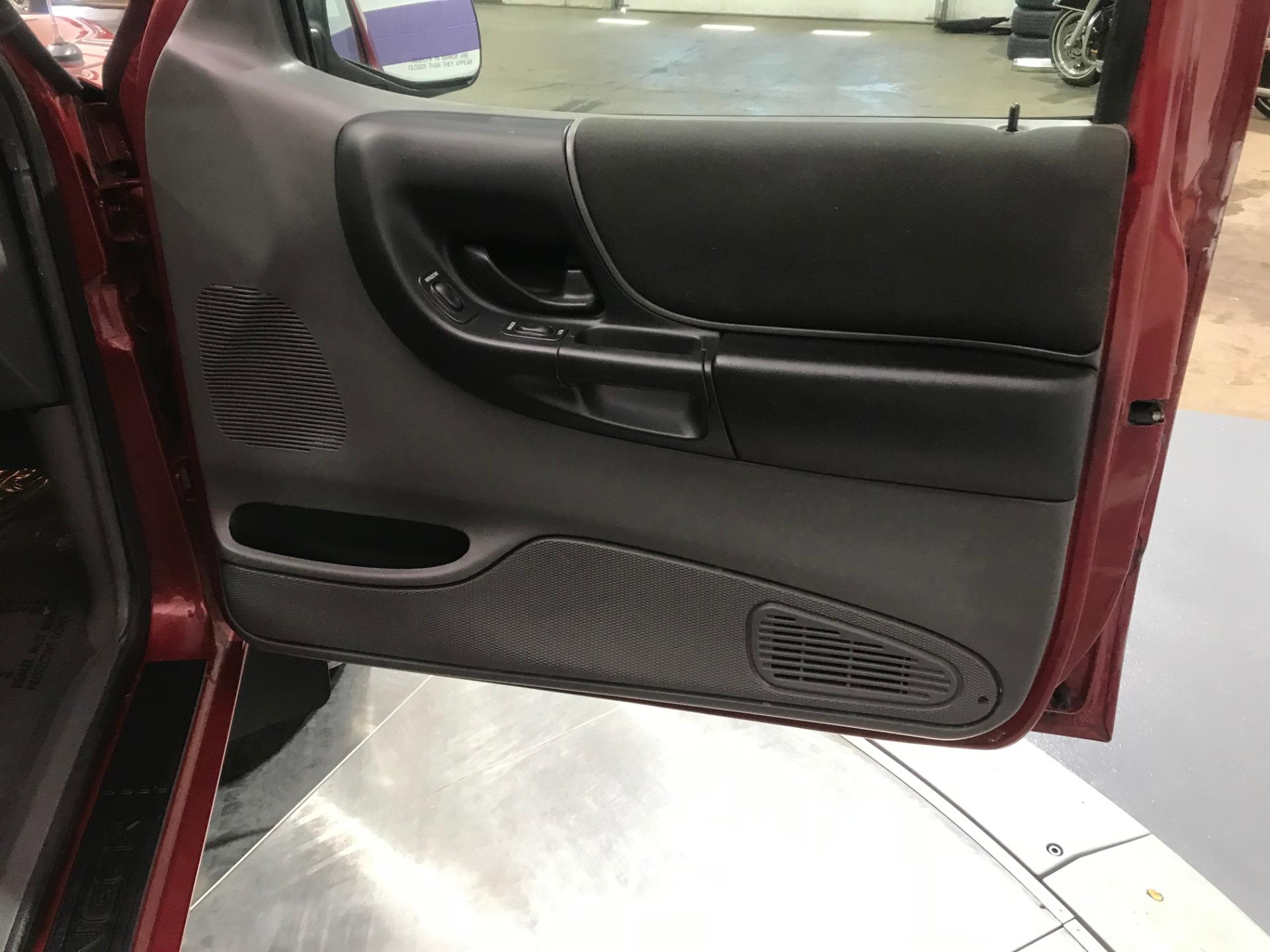 Used-2003-Ford-Ranger-XLT-FX4-Off-Road