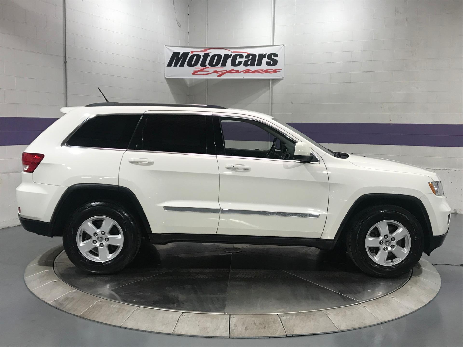 Used-2011-Jeep-Grand-Cherokee-Laredo